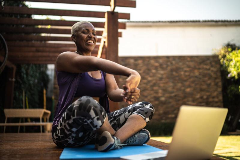 Mujer_haciendo_ejercicio_dieta_